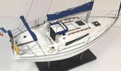 AQUILA SAILBOAT MODEL