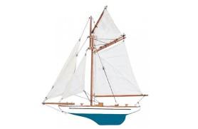 Halbrumpf Segelboot