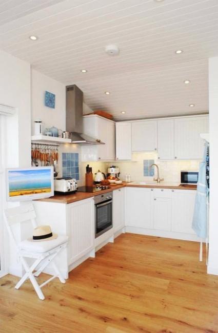 modern-interiors-nautical-decor-ideas-4