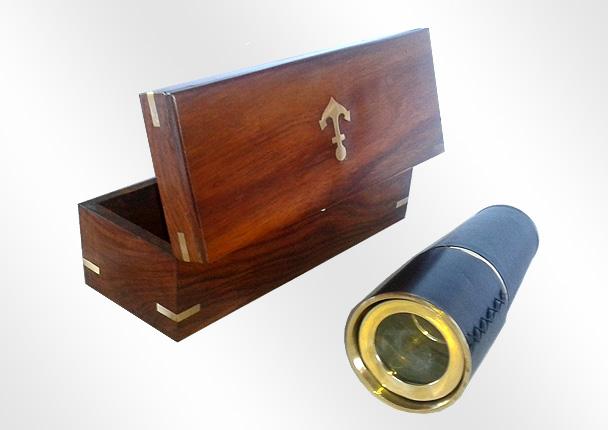 Instrumento nautico de decoracion
