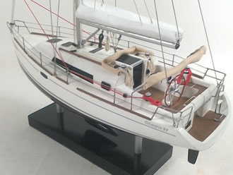 OCEANIS CLIPPER 37